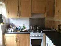 *****4 BEDROOM STUDENT HOUSE******