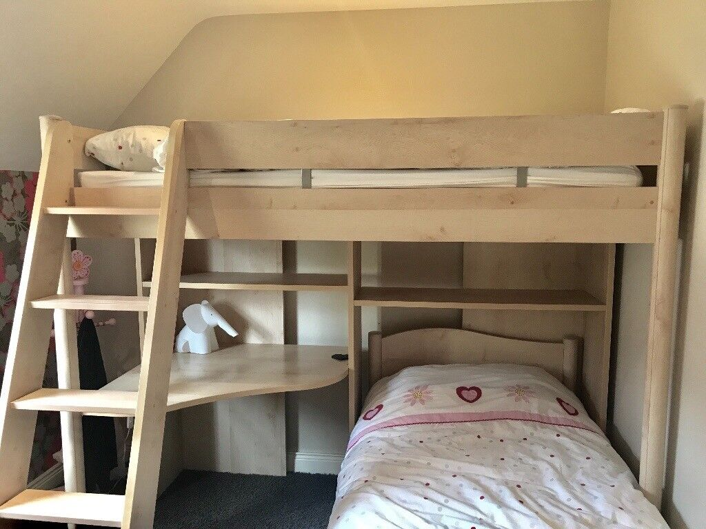 Immaculate Beech Bunk Beds With Desk And Chest Of Drawers Holiday