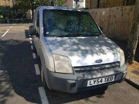 FORD TRANSIT CONNECT 1 YEAR MOT!