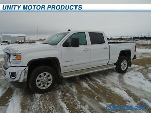 2015 GMC Sierra 3500HD SLT- Heated and cooled seats! Heated stee
