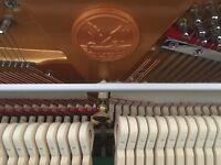 Upright piano * like new *