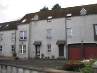 3 bedroom flat in Tannery Court, Cupar,