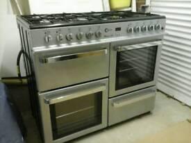 Dual fuel range style cooker
