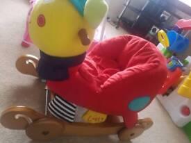 Mamas and papas rocking snail