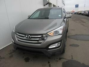 2013 Hyundai Santa Fe LTD 2.0T All Wheel Drive Leath/Nav/Roof