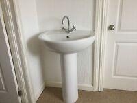Bathroom sink and mixer tap