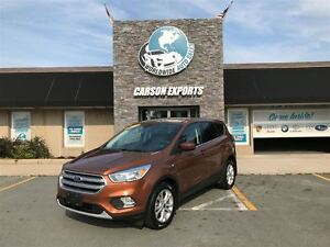 2017 Ford Escape LOOK SE WITH ONLY 26K! FINANCING AVAILABLE!