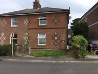 LUXURY. Double Room. Professional House share. Old Town. No Deposit.