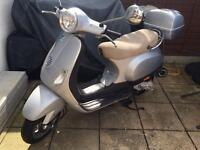Vespa piaggio lx 50 moped