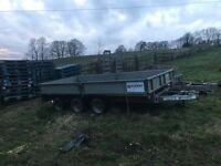 Flat bed trailer triple axel 14ft