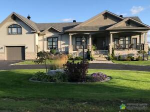 599 990$ - Maison à un étage et demi à Salaberry-De-Valleyfie