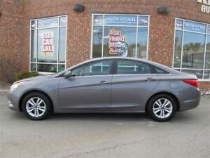 2011 Hyundai Sonata GLS w/ Power Seat, Sunroof