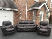 Lovely modern ~ 3-1-1 ~ faux leather sofas suite