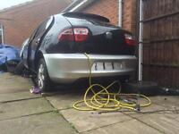 Seat leon cupra r rear bumper in silver and good condition