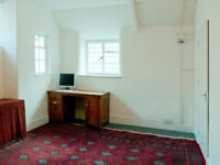 Bath, centrally located work-space/office to rent