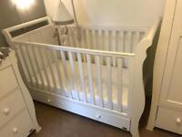VIB nursery furniture set