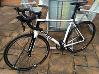 Giant Defy 4 (15/16 Model) Medium / Large Size Excellant Condition