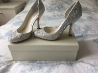 Benjamin Adams Gaga Swarovski crystal bridal shoes size 6