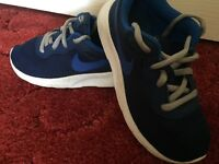 Nike trainers in good condition (size11)