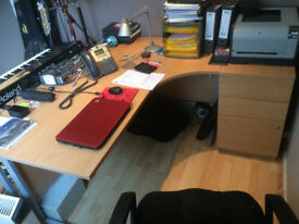 Curved Office Desk with R/H 3 drawer Pedestal. Used but in great condition