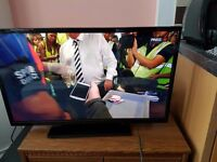 32 inch digihome LED TV with its remote control and receipt - still under 5 years warranty !