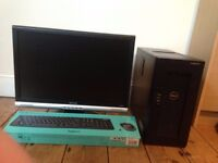 """Dell PowerEdge T20 with 22"""" Monitor, Keyboard Mouse"""