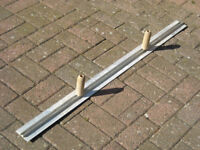 """Aluminium Darby 48"""" (1219mm) For use on Render & Plaster & Concrete ( Bought for £18 )"""