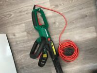 Qualcast 600w electric hedge trimmer cutter