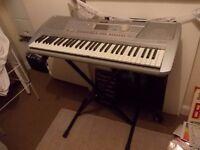 Full size electric keyboard