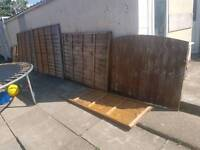 Fence panel with gate vgc