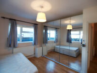 Modern 2 double bed flat set in the middle of Barnet High Street finished to a high standard
