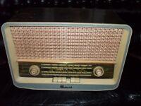 Vintage Continental VHF 2D radio