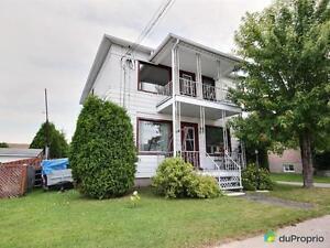 129 450$ - Duplex à vendre à Alma Lac-Saint-Jean Saguenay-Lac-Saint-Jean image 1