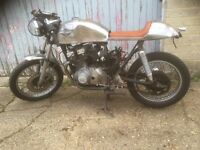Suzuki GS250T Cafe Racer Project