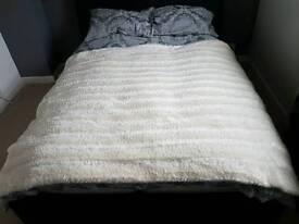 Throw/Blanket BRAND NEW