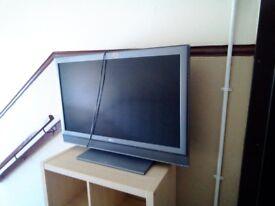 Flatscreen 32 inch