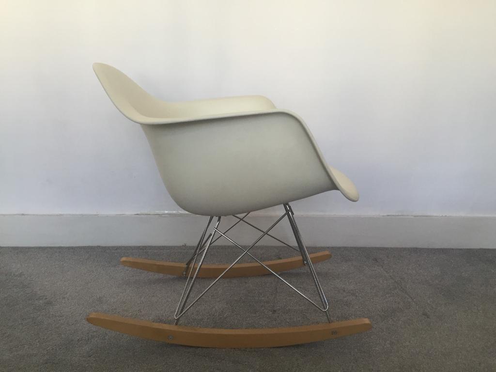 Vitra Sedia A Dondolo Eames Plastic Armchair Rar : Vitra stuhl eames lounge chair interesting vitra charles eames