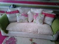 Lovely sofa & chairs