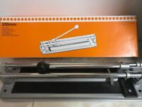330m tile cutter in perfect condition