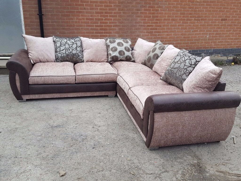 Very Nice Large Beige And Brown Corner Sofa 2 1 Month Old