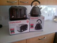 Morthy richards kettle and toaster set