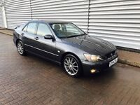 Lexus is200 se 2.0 in stunning condition 2 owners mot Jan 2018 full leather heated seats