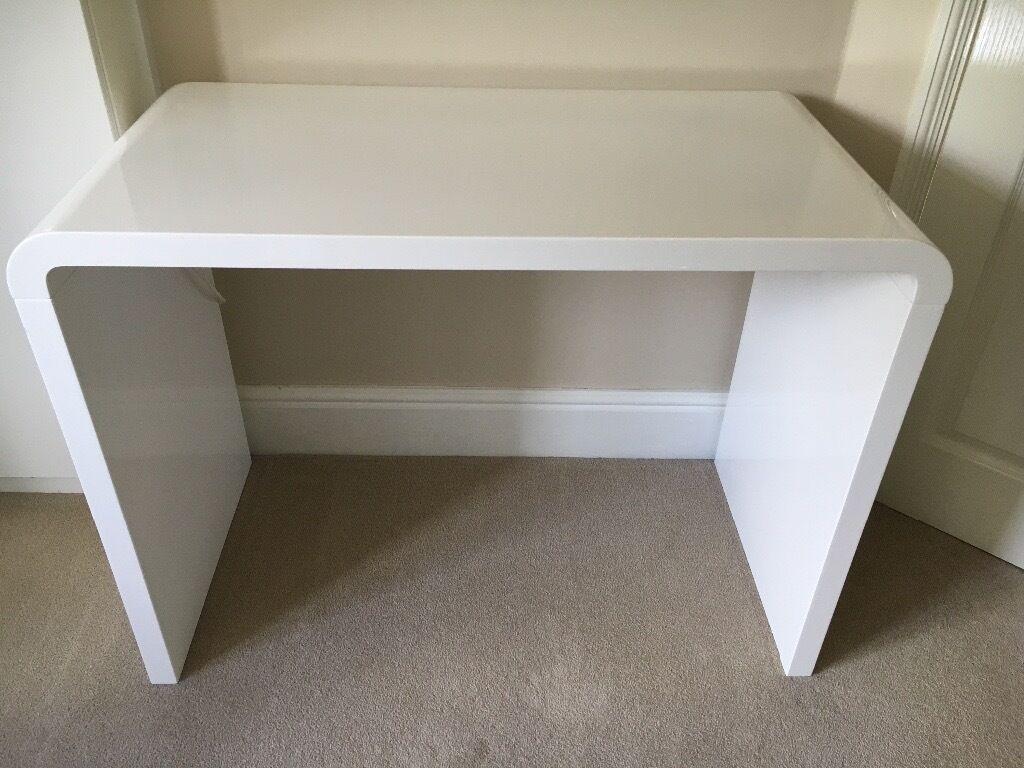 Gloss White Desk Study Desk Brisbane