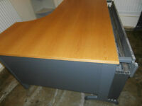 Heavy duty desk (Delivery)