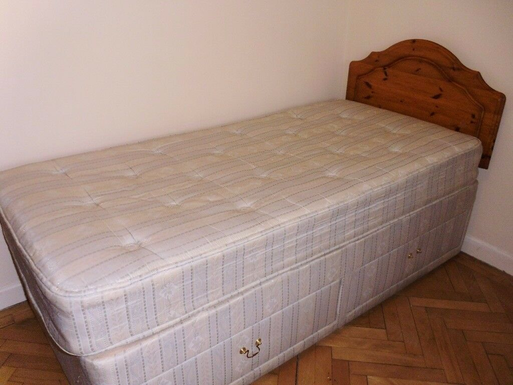SINGLE DIVAN WITH DRAWERS AND HEADBOARD