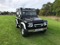 Land Rover Defender TD XS STATION WAGON (black) 2014-06-10