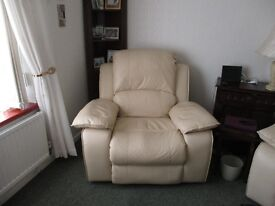 FOR SALE 2 LEATHER ELECTRIC RECLINING CHAIRS