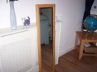 full lengh mirror 4 foot tall excellent condition