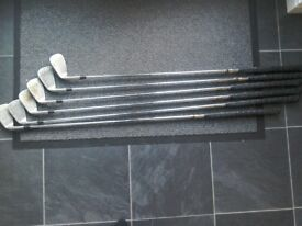 Golf clubs.good condition.Titleist DCI.3.4.5.6.7 irons and pitch wedge.
