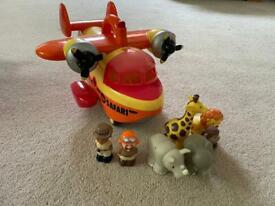 Happy land safari plane